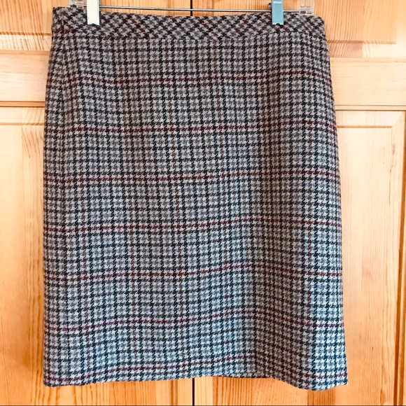 LL Bean Wool Houndstooth Skirt Favorite Fit Sz 8